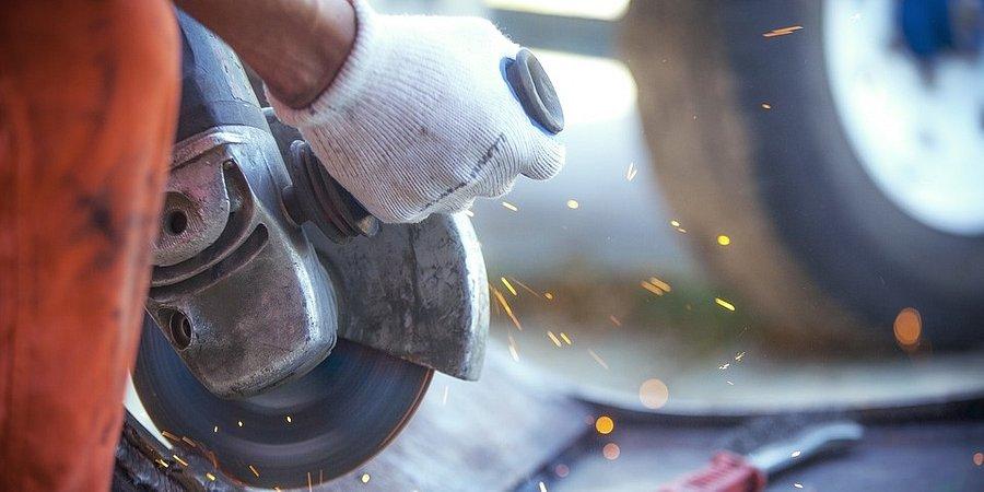 Sektor przemysłowy nie zwalnia tempa na wiosnę
