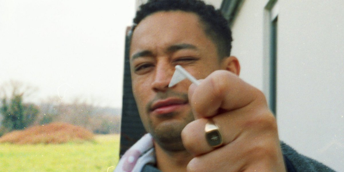 "Loyle Carner, gwiazda OFF Festivalu 2019, wydaje album ""Not Waving, But Drowning"""