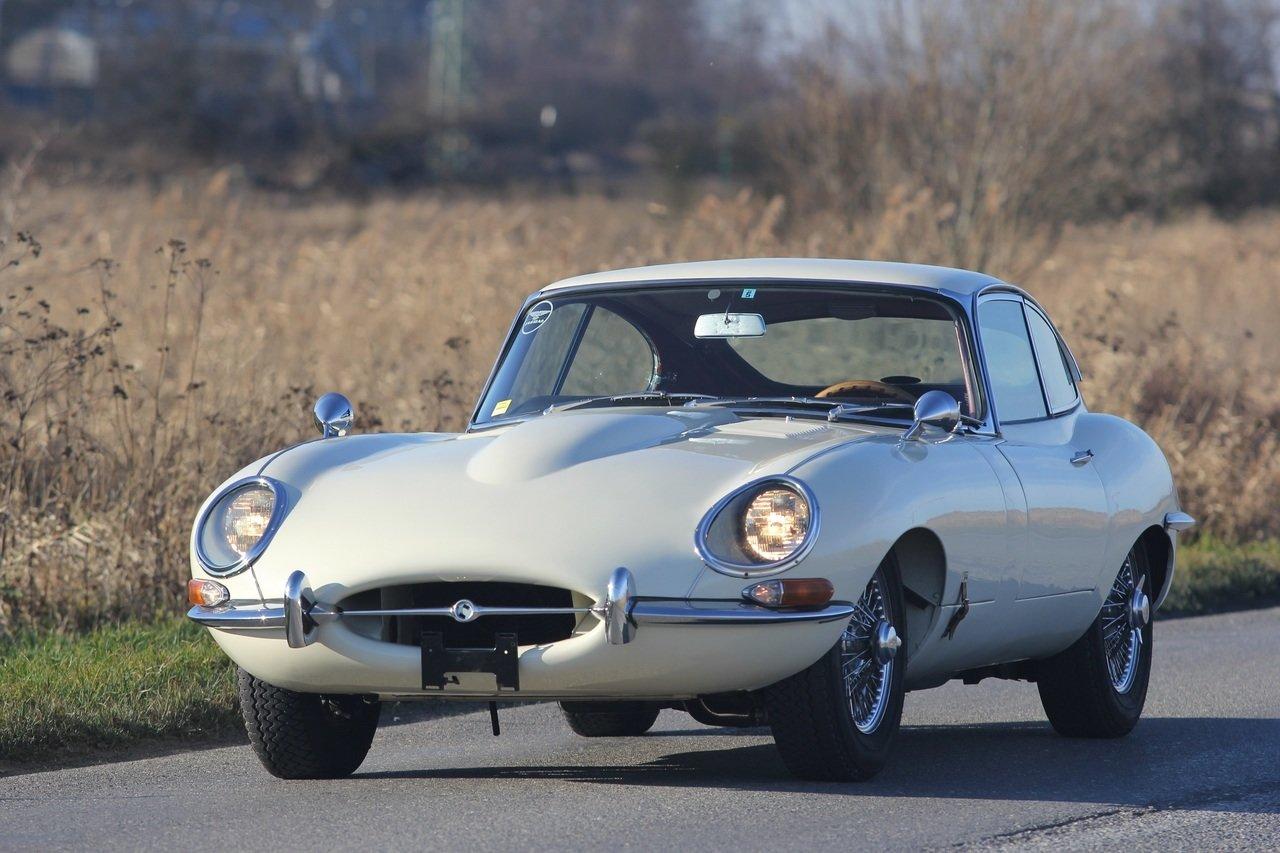 Jaguar E-Type - kultowy klasyk, który przyspiesza bicie serca
