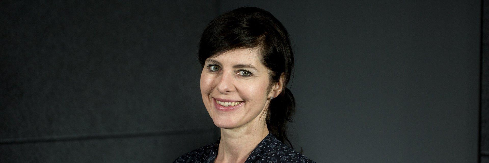 Dr Katarzyna Dośpiał-Borysiak - politologia