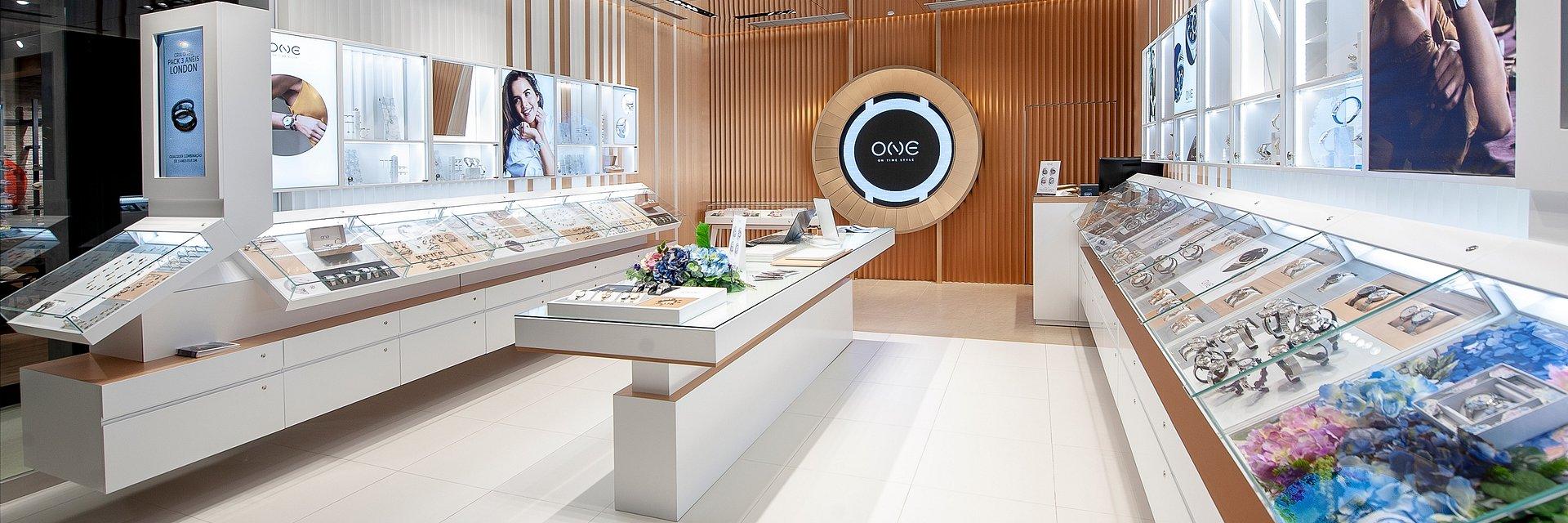 ONE inaugura primeira loja própria em Portugal