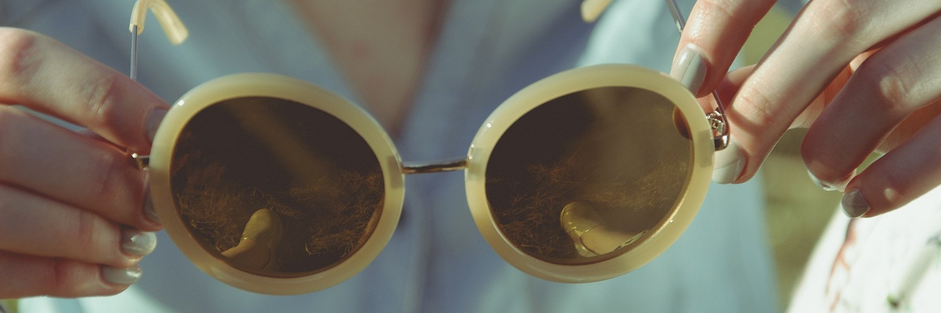 Coraz więcej marek optycznych sprzedaje w Internecie, dlaczego to niebezpieczne dla twojego wzroku?