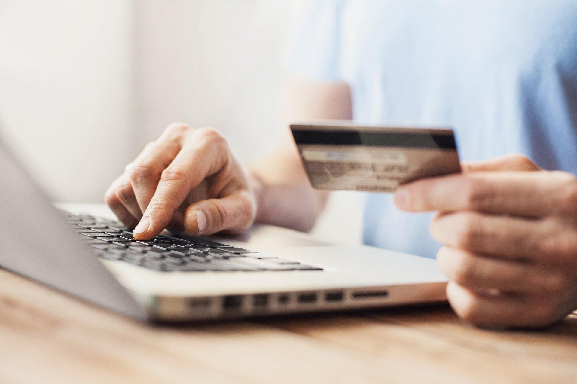 Karta, która łączy wszystkie kredyty. Jest za darmo
