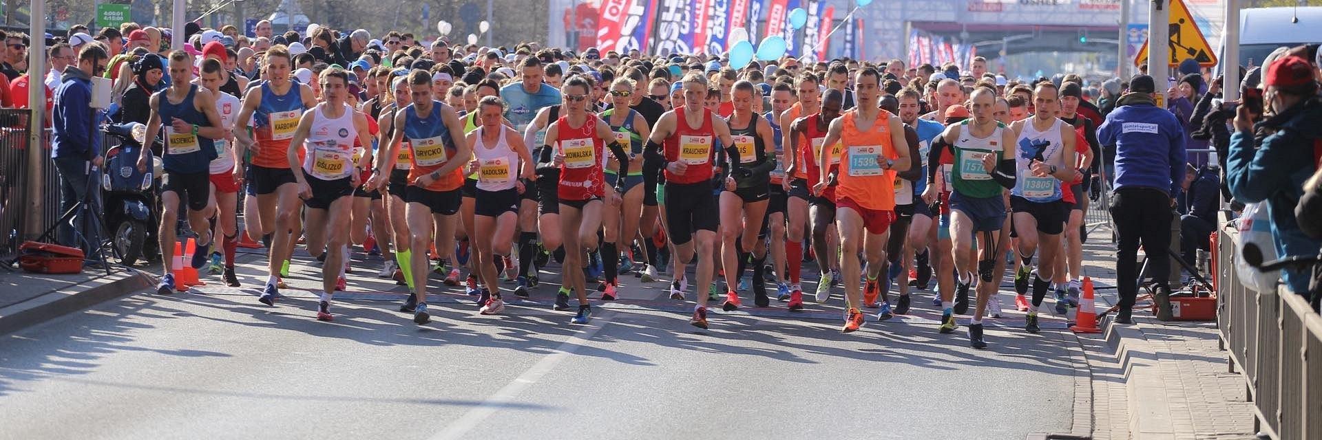 Siódma edycja ORLEN Warsaw Marathon już za nami. 20 tysięcy uczestników Narodowego Święta Biegania