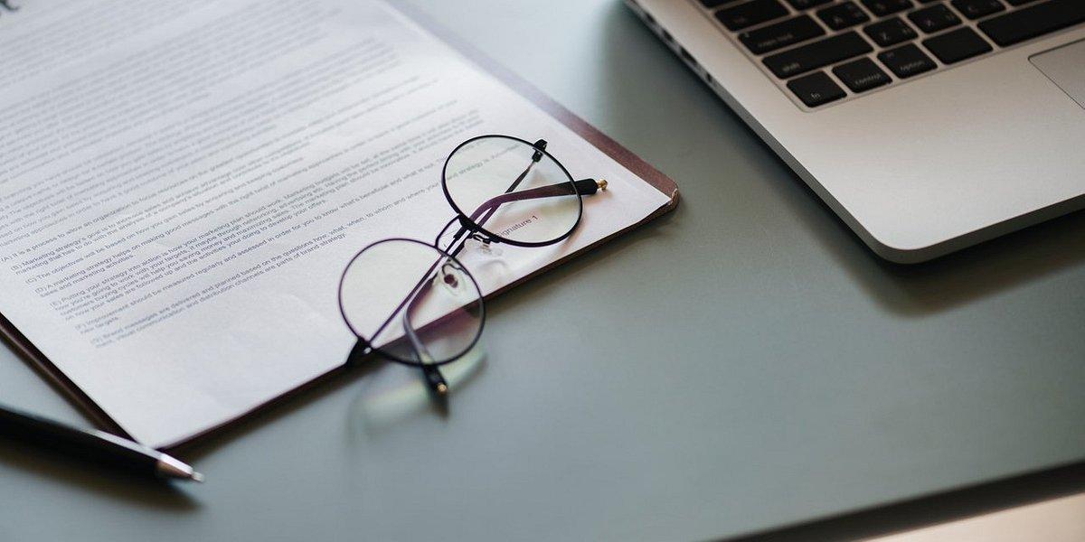 Czy adwokaci i radcy prawni są administratorami danych osobowych swoich klientów?