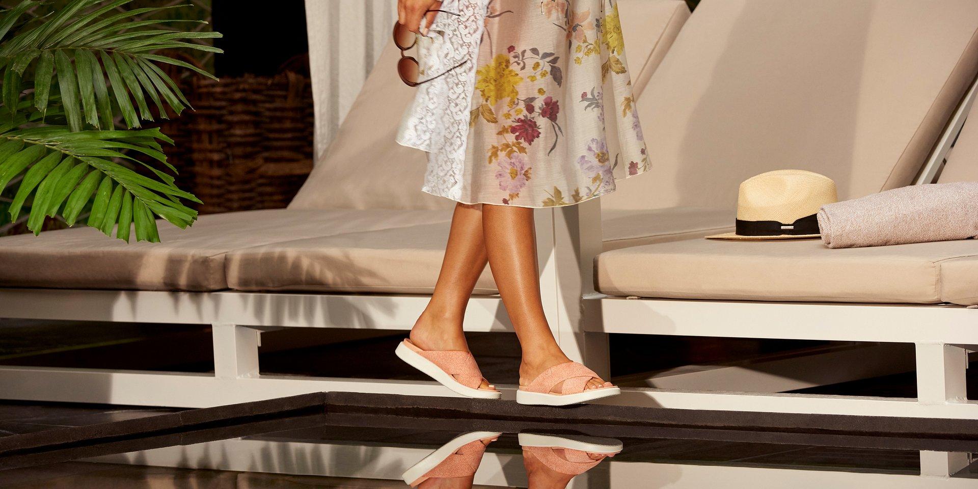 Świeży i letni styl dzięki nowoczesnym sandałom ECCO FLUIDFORM™