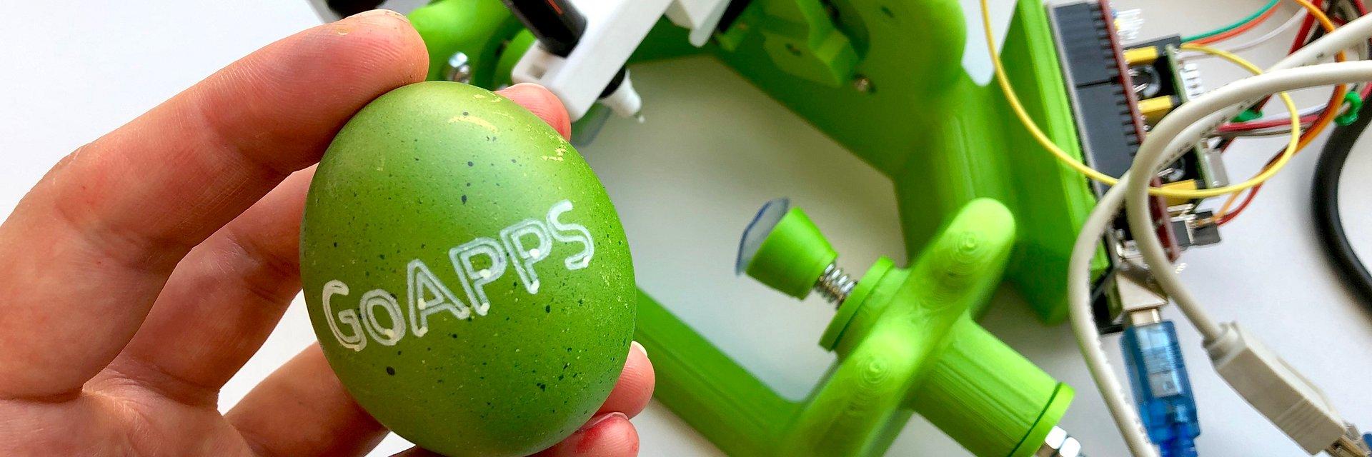 Zobacz, jak działa robot do ozdabiania jajek wielkanocnych!