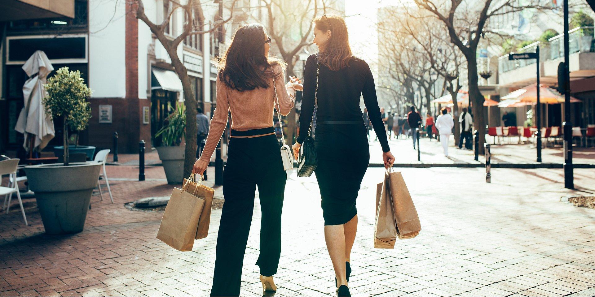 Kreuj przedmioty pożądania, działaj tu i teraz - komunikacja w branży retail