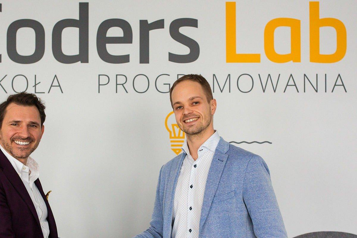 Grupa Pracuj inwestuje w Coders Lab