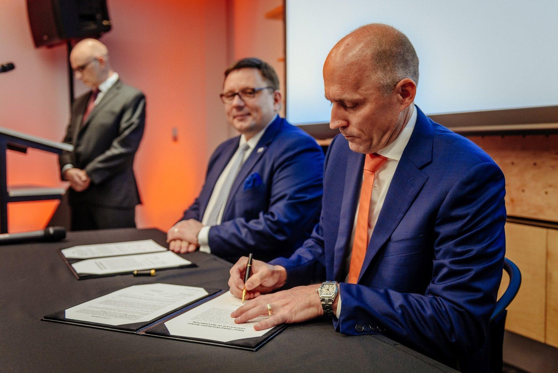 Nowoczesne technologie Sabre dla LOT-u. Firmy podpisały porozumienie
