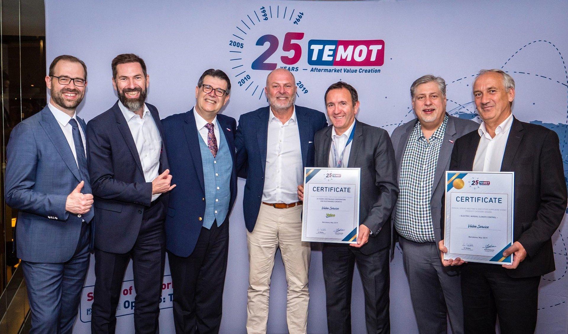 Grupa TEMOT przyznaje Valeo dwie nagrody