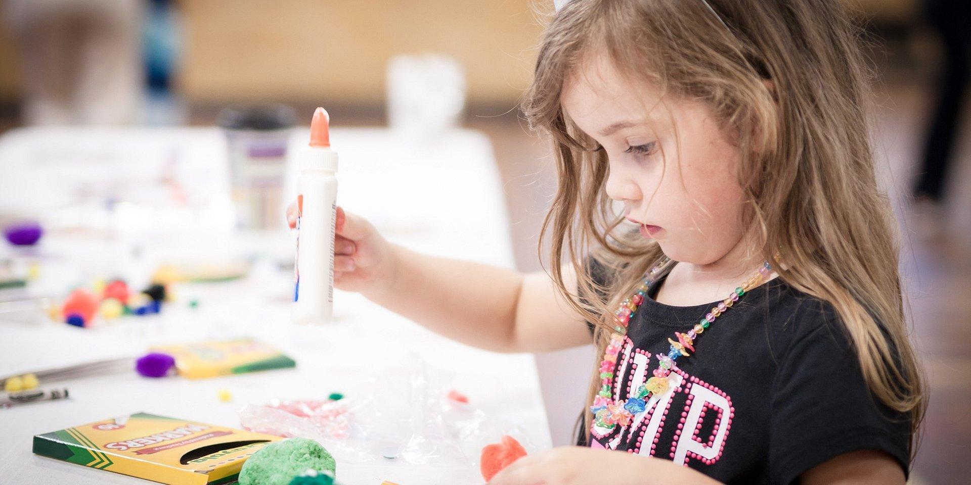 3 pomysły na kreatywne zabawy z dziećmi