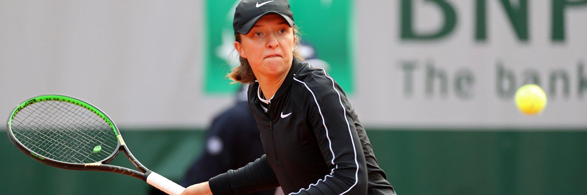 Mecze Magdy Linette i Igi Świątek w 2. rundzie Roland-Garros w czwartek na żywo tylko w Eurosporcie 2