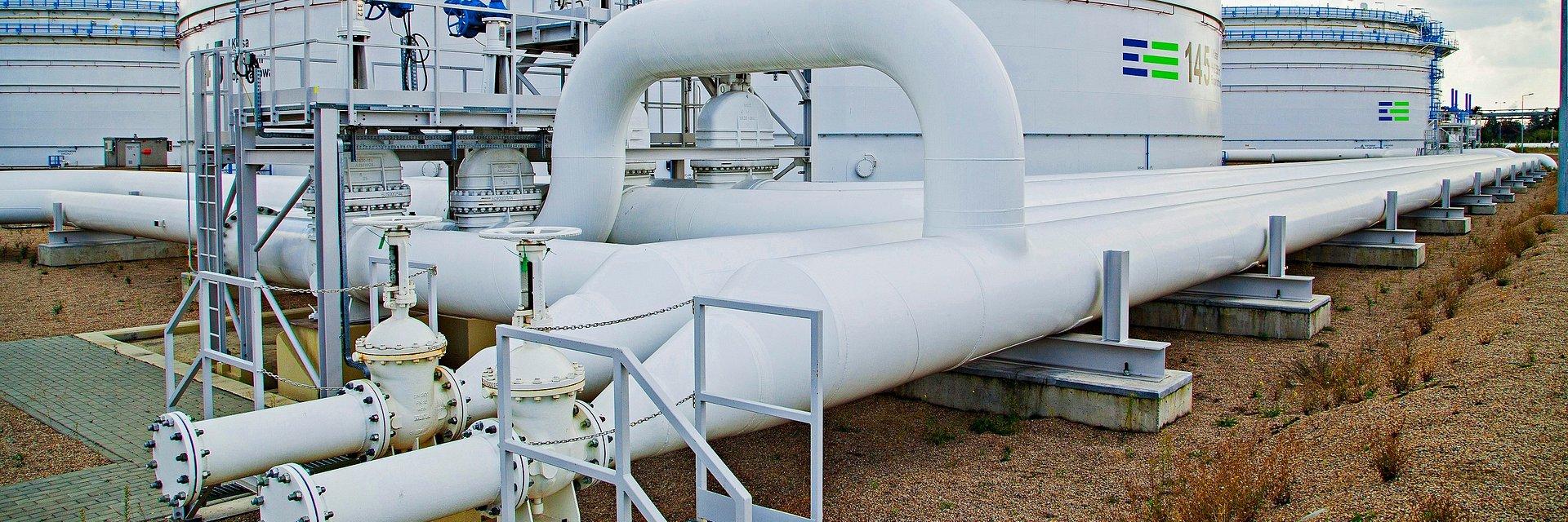 """PERN wykrył skażenie ropy i na kilkanaście godzin wstrzymał tłoczenie rurociągiem """"Przyjaźń"""". Dostawy już wznowione"""
