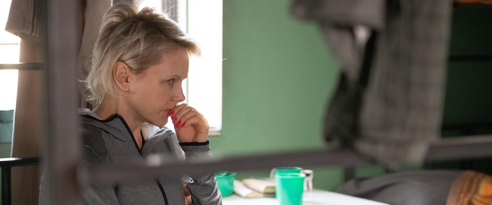 Na Wspólnej: Prokurator z uporem oskarża Ilonę o morderstwo – kobieta popada w depresję!