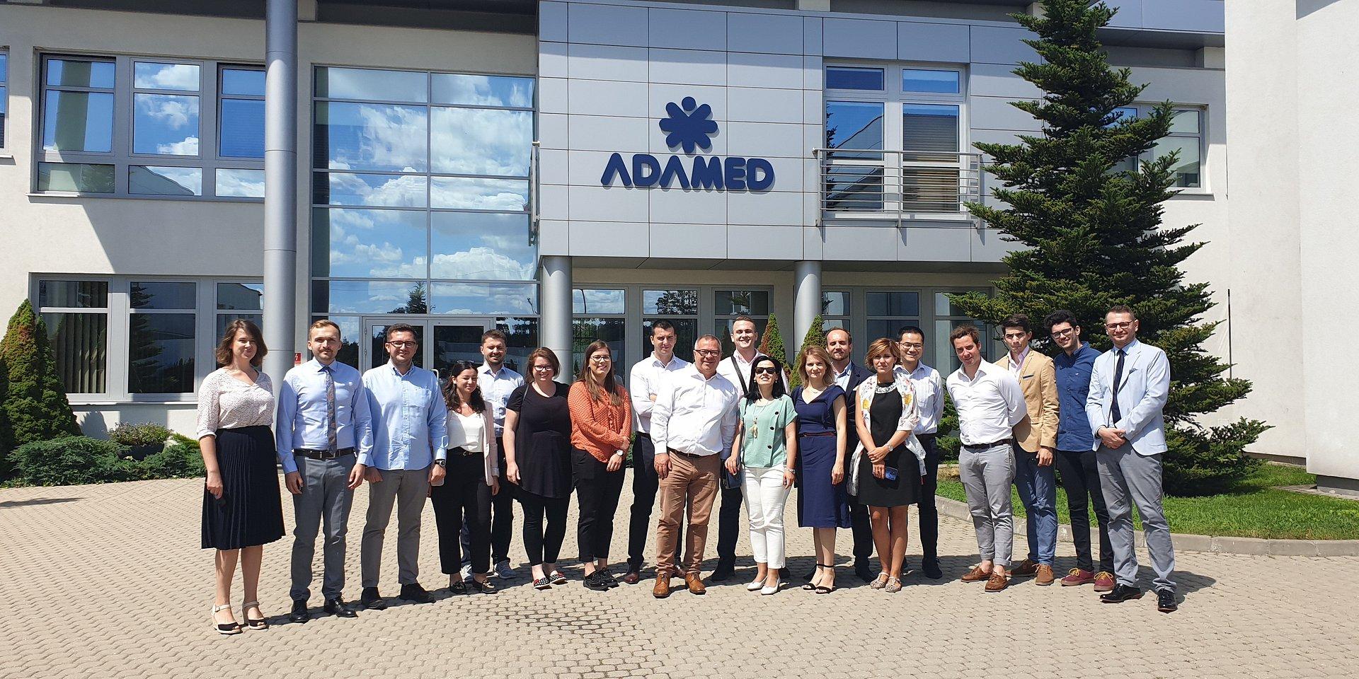 Młodzi europejscy liderzy odwiedzili Adamed