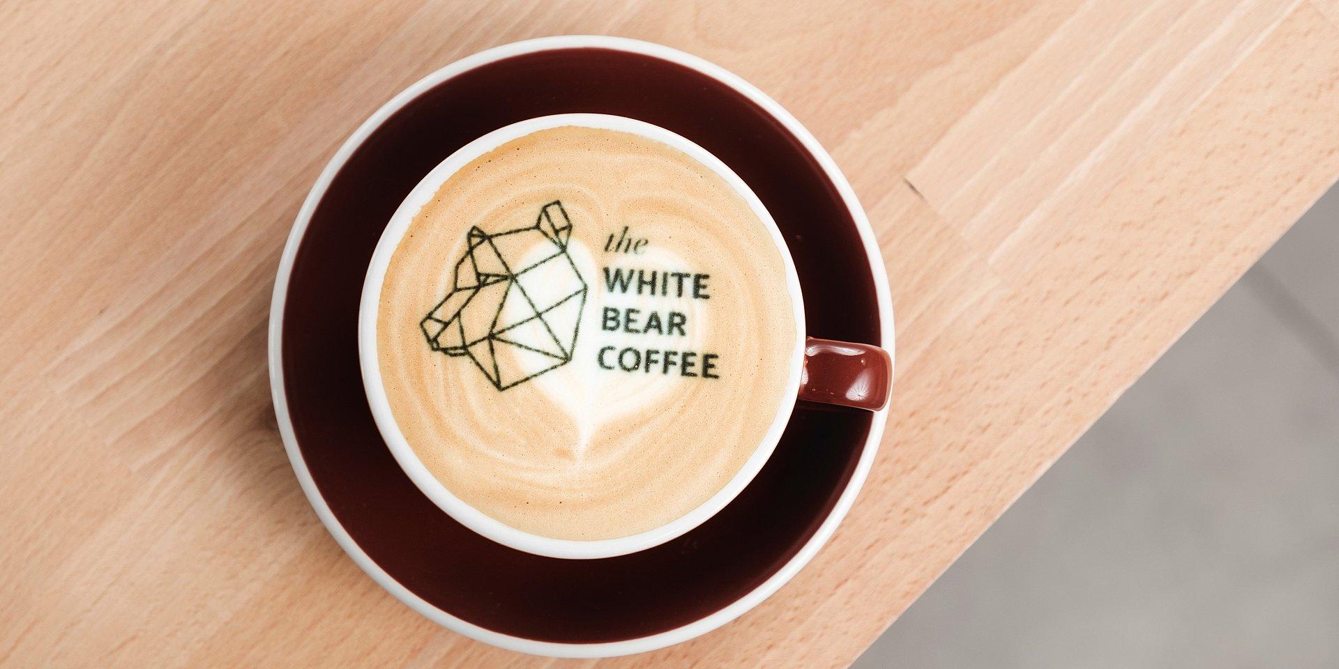 """Biały Niedźwiedź parzy dobrą """"czarną"""""""