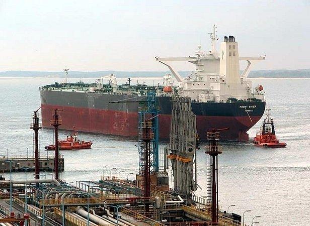 Przeładunki w Naftoporcie o 100 proc. w górę