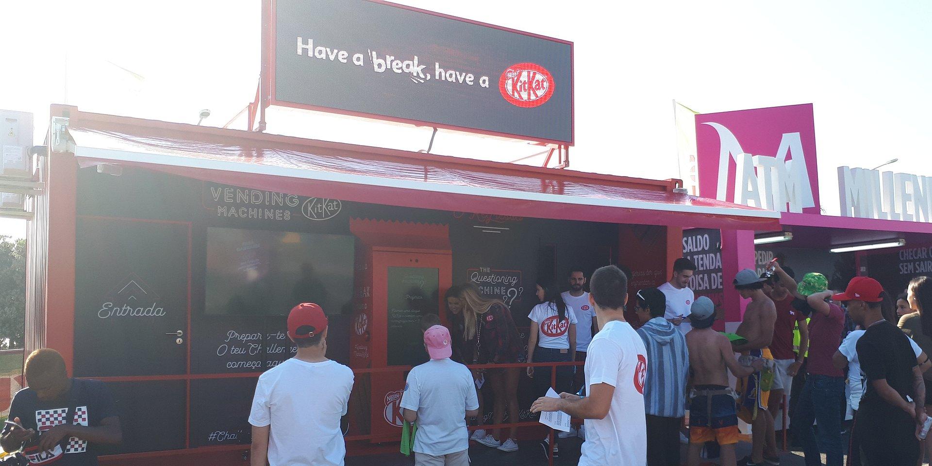 KITKAT regressa com as Extraordinárias Vending Machines aos festivais de verão