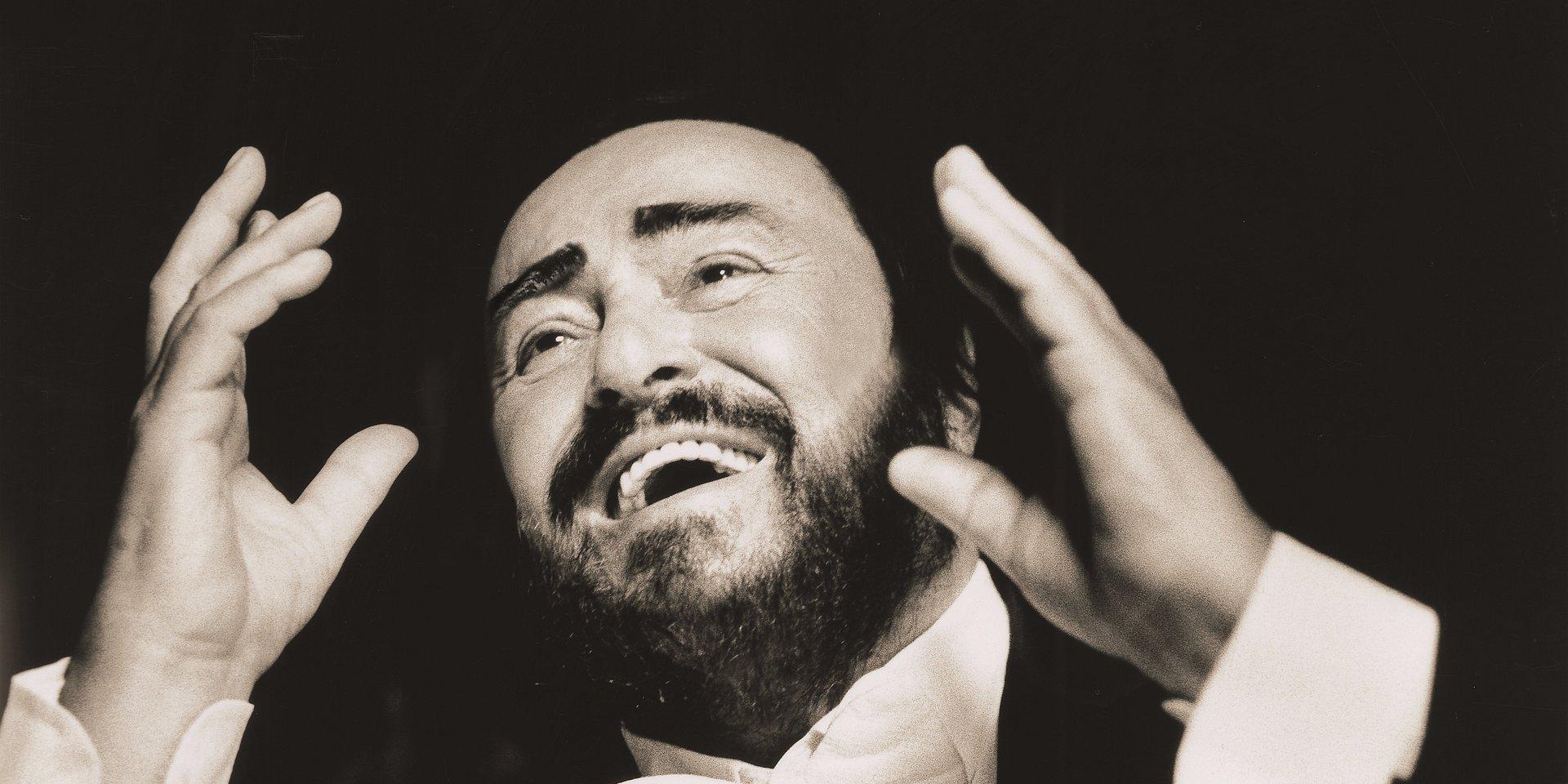 """Posłuchaj muzyki z filmu """"Pavarotti"""", który wejdzie na ekrany polskich kin już w najbliższy piątek 2 sierpnia!"""