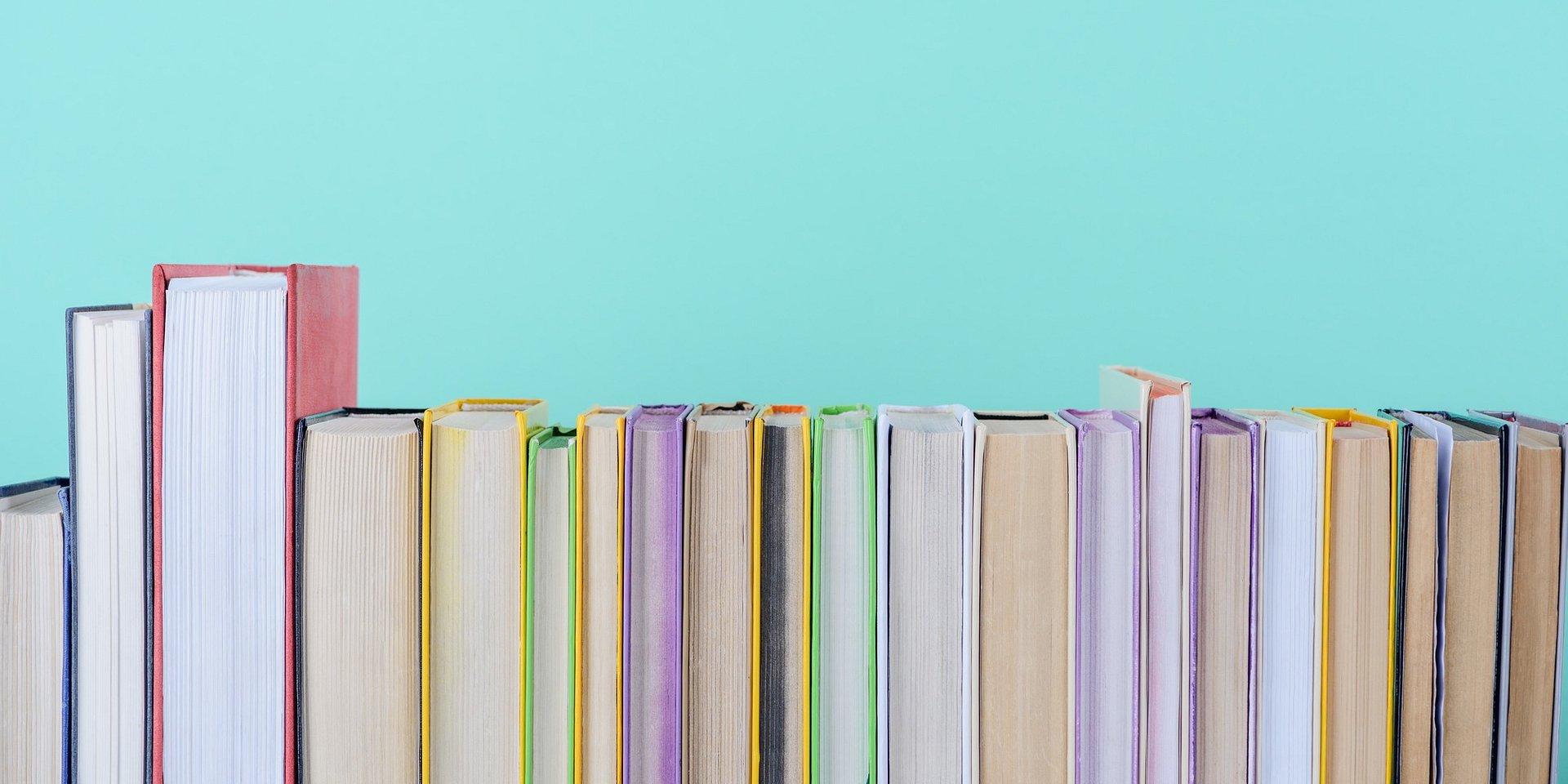 10 inspiracyjnych cytatów z literatury, które doskonale sprawdzą się na plakatach