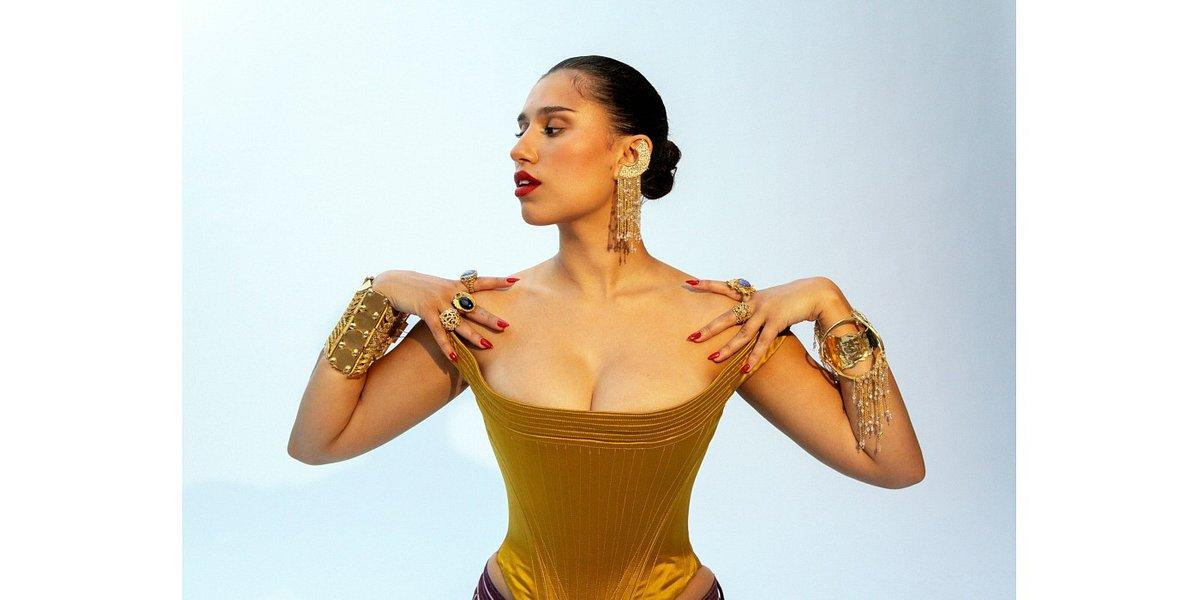 RAYE, po współpracy z Beyonce, prezentuje solowy kawałek