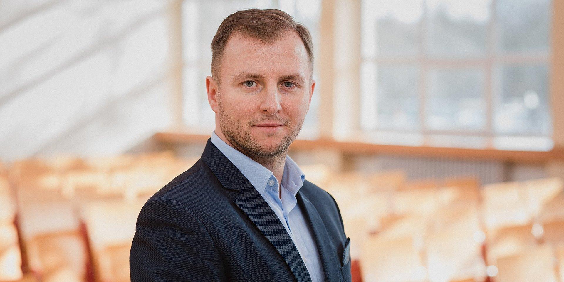 bezpieczeństwo: dr Grzegorz Mathea