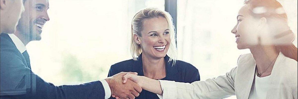 Działania na rzecz równych szans kariery kobiet i mężczyzn w finansach widzi tylko 4 na 10 pracowników