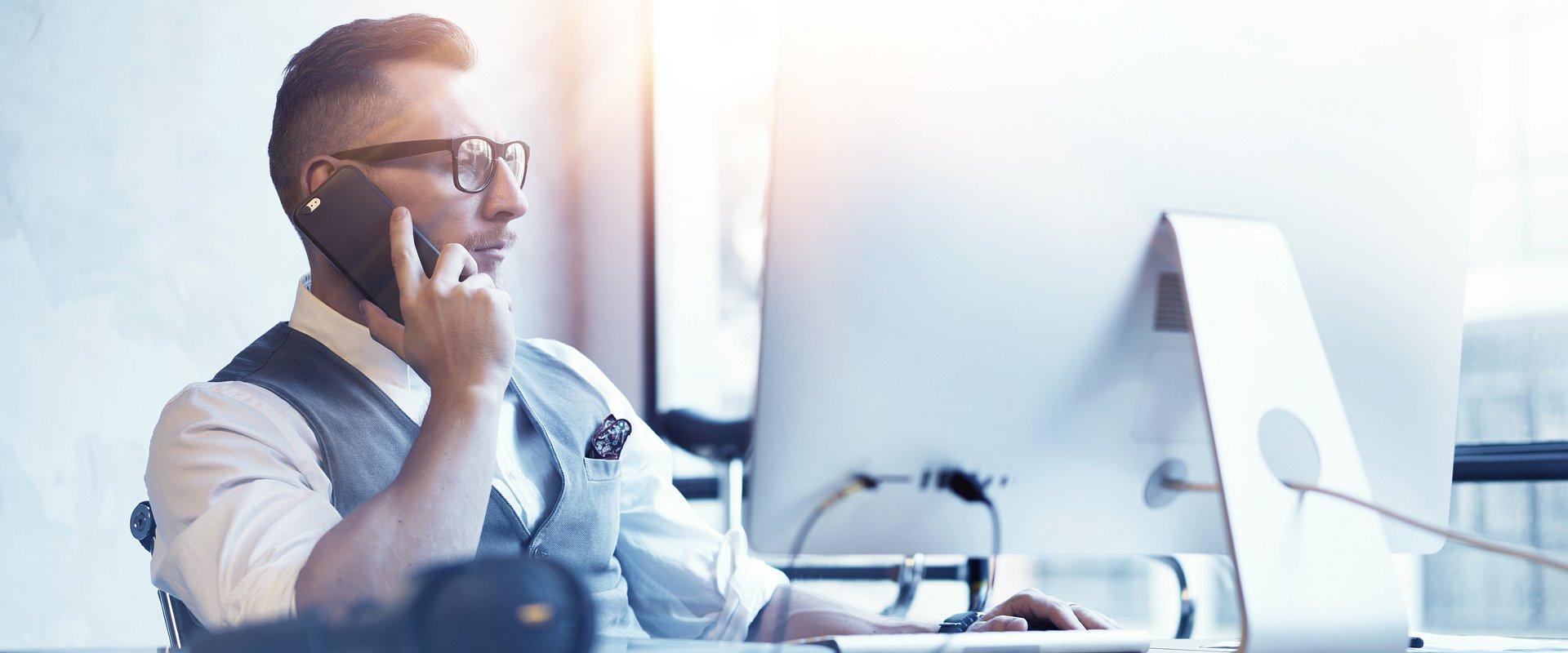 Jak zarządzać kontaktem z klientem?