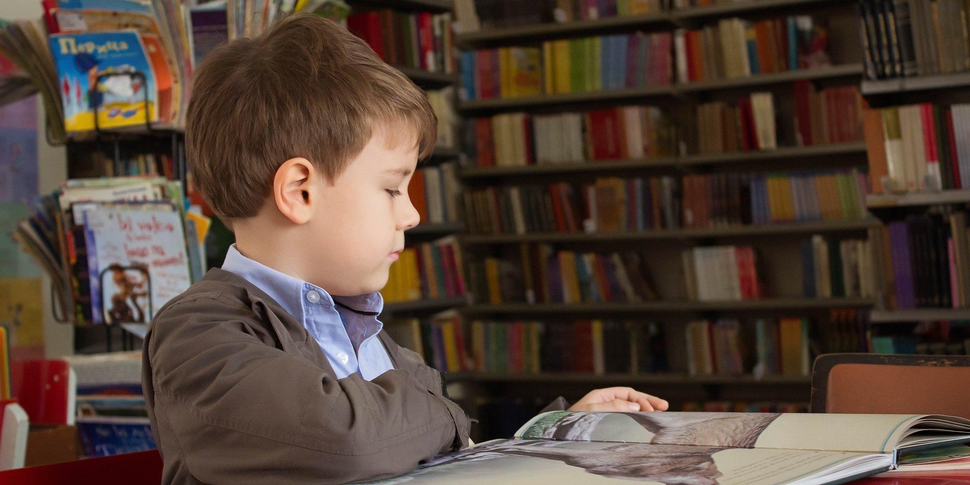 W jaki sposób wesprzeć dziecko w pierwszych dniach nauki w szkole? Porady dla nauczycieli i rodziców