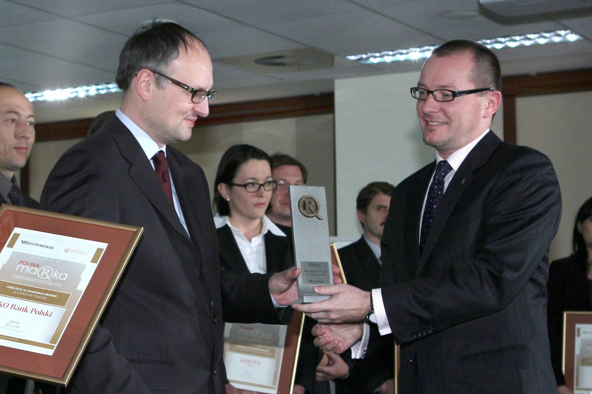 Najbardziej wartościową marką w rodzimej branży finansowej jest PKO Bank Polski