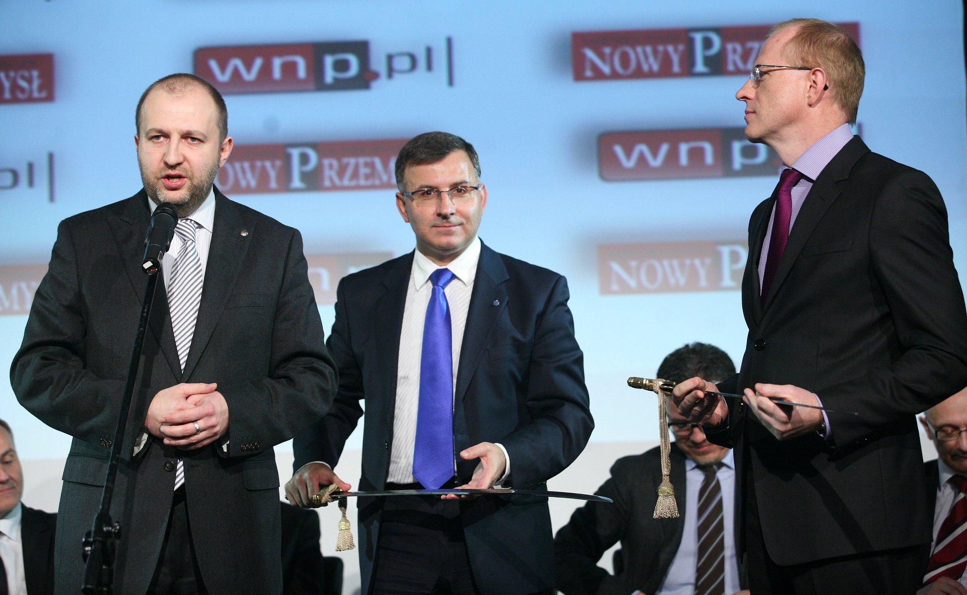 """Tytuł """"Ten, który wspiera polski przemysł"""" dla PKO Banku Polskiego"""