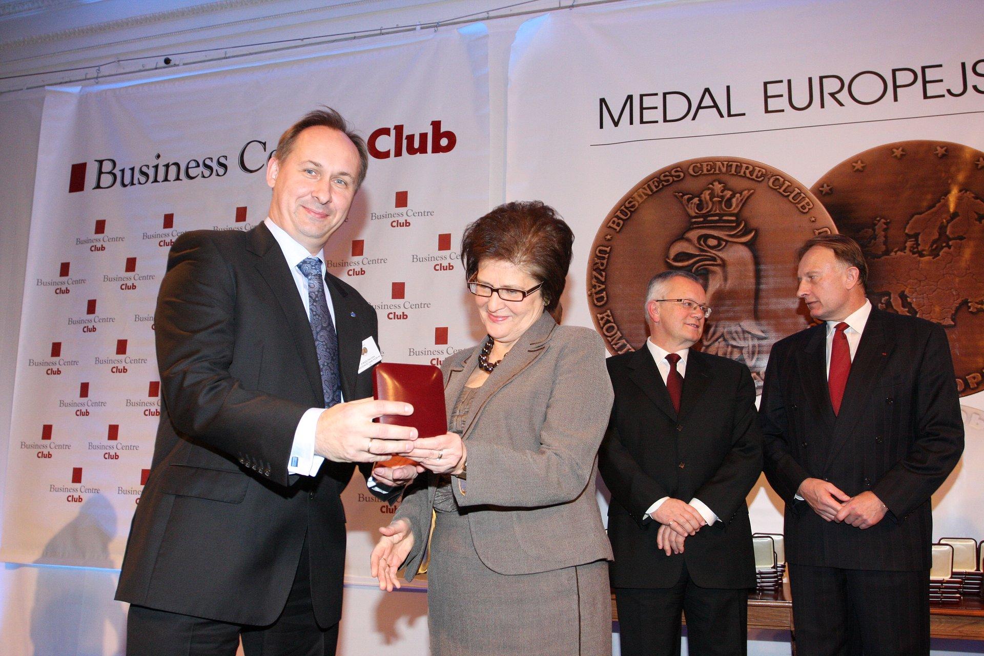 iPKO Biznes ponownie nagrodzony Medalem Europejskim