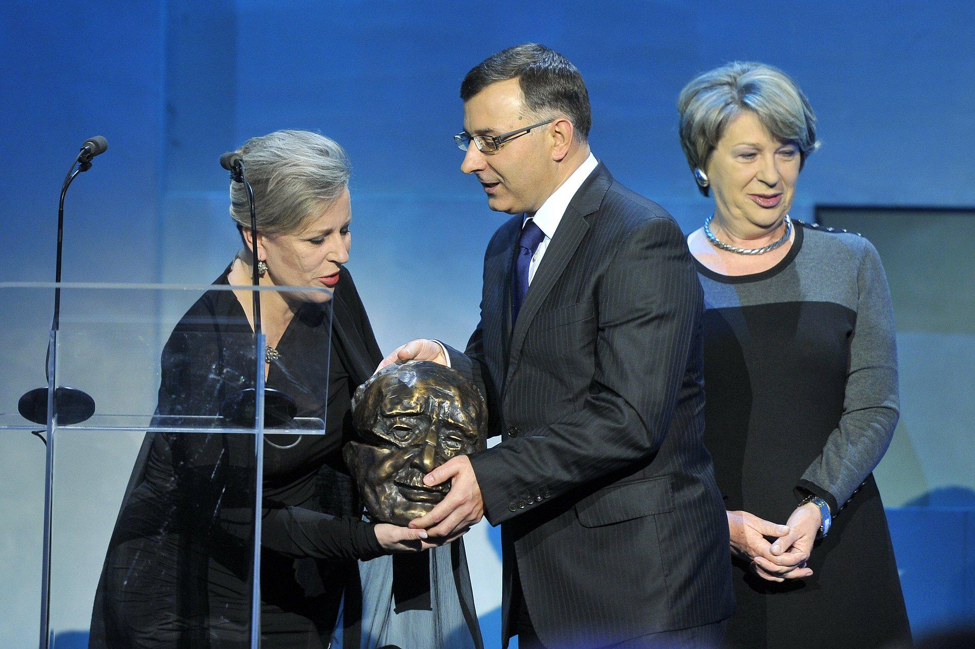 "PKO Bank Polski Partnerem rankingu ""100 kobiet biznesu"" oraz mecenasem Nagród Kisiela 2011"
