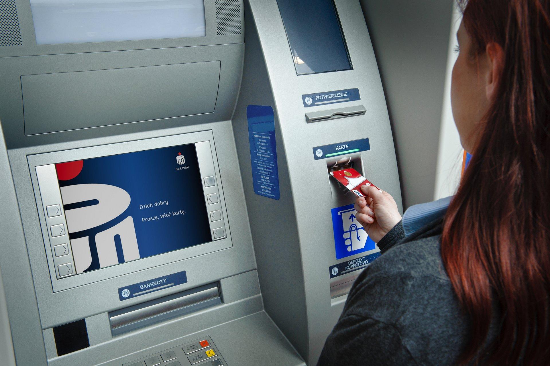 Kantor w bankomatach PKO Banku Polskiego