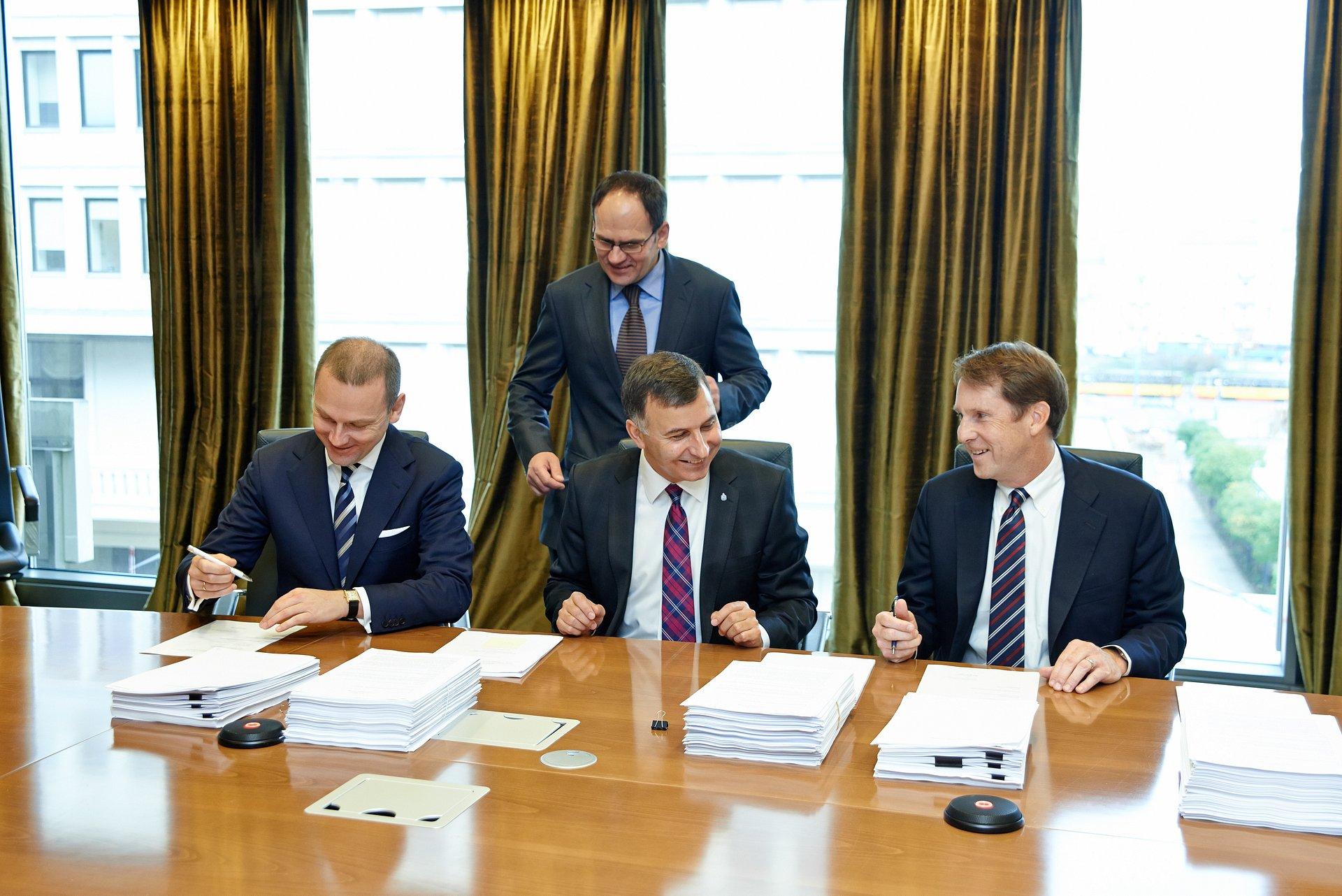 PKO Bank Polski i EVO Payments International zawierają alians strategiczny w biznesie płatności elektronicznych