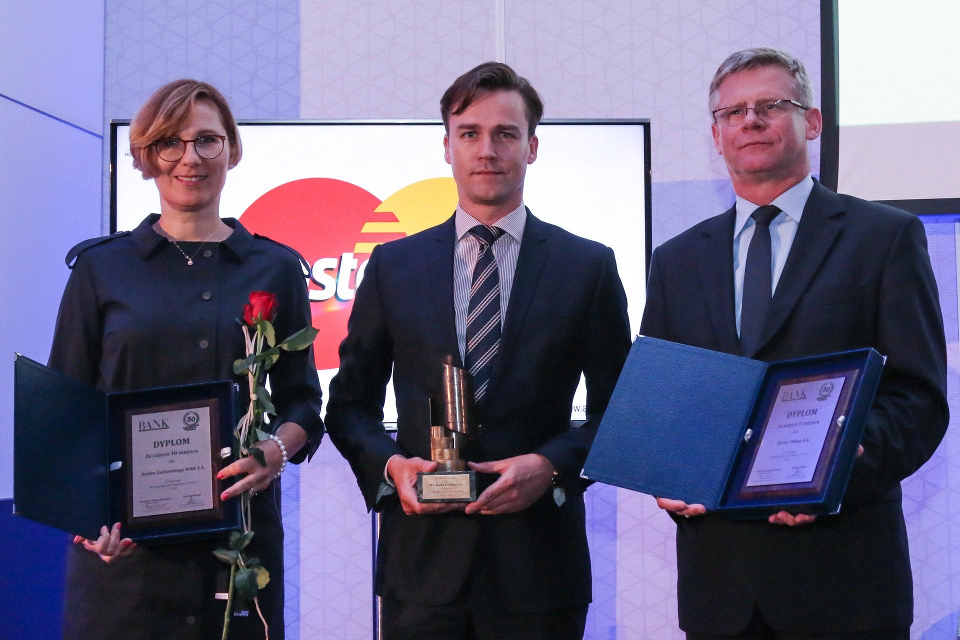 """PKO Bank Polski nagrodzony w rankingu """"50 Największych Banków w Polsce"""""""