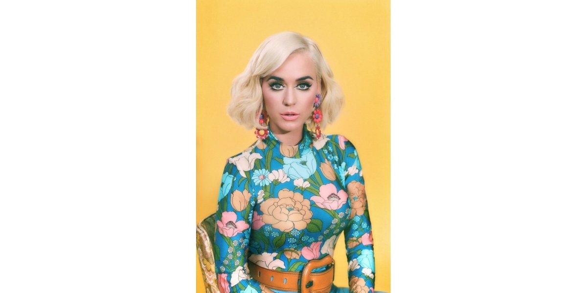 """Katy Perry i mnóstwo pięknych psów w teledysku """"Small Talk"""""""