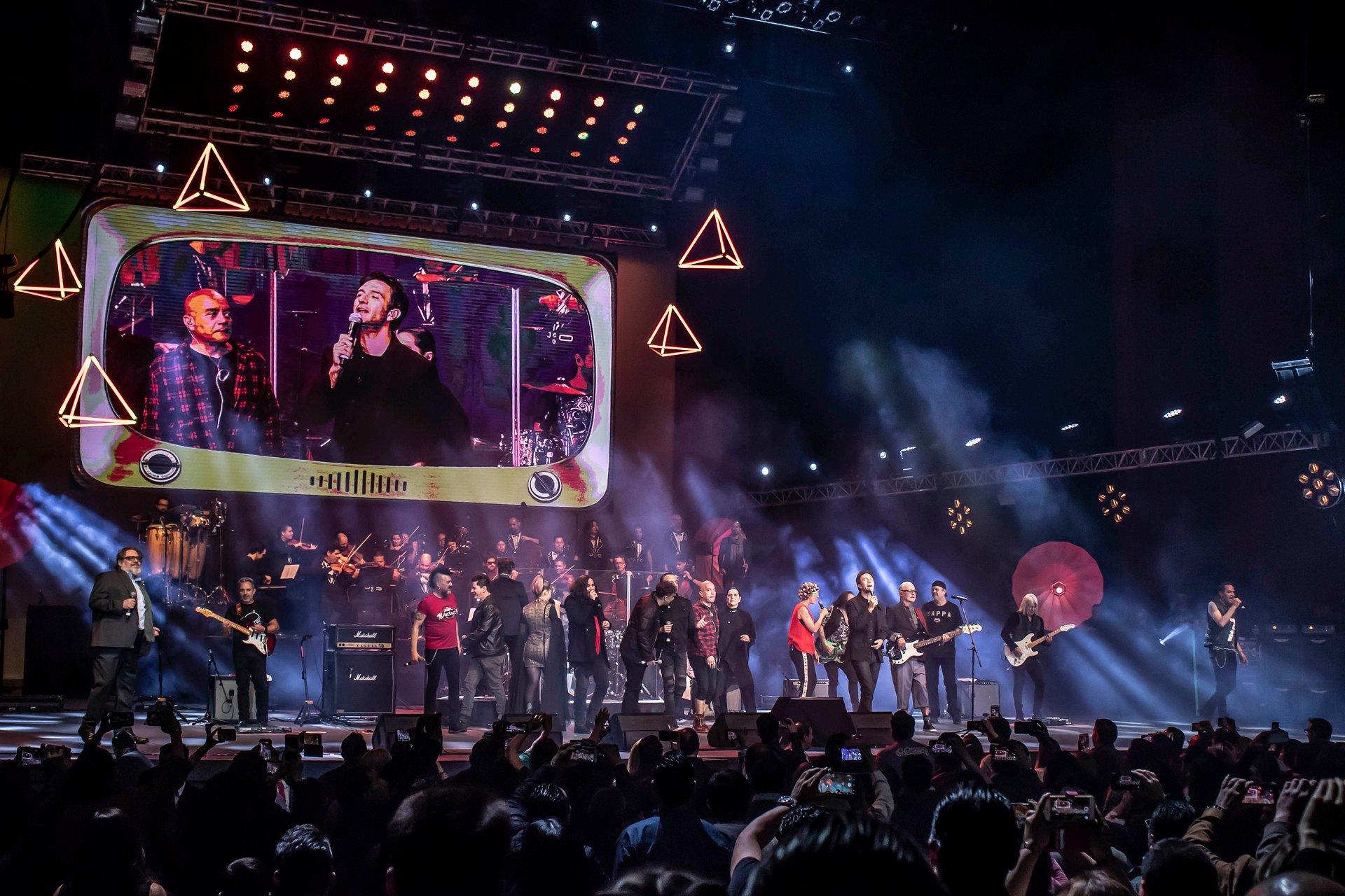 Todo listo para que el ensamble del Rock en tu Idioma Sinfónico Vol. 1 y 2 presenten su show sinfónico + su nuevo show eléctrico en la Ciudad de México