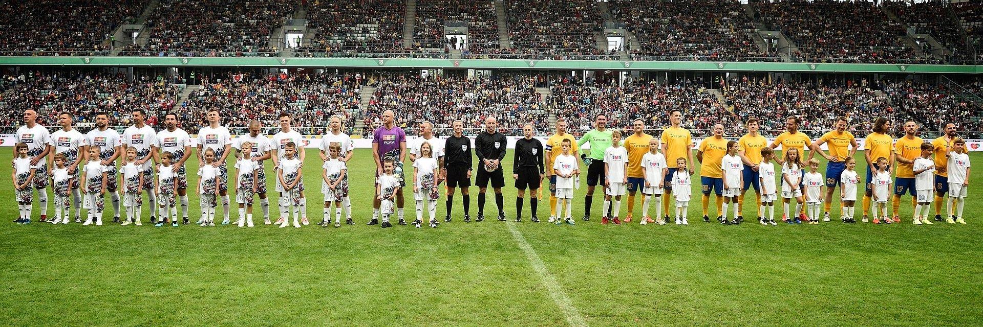 Wielki Mecz WOŚP vs. TVN wygrały Ustrzyki Dolne