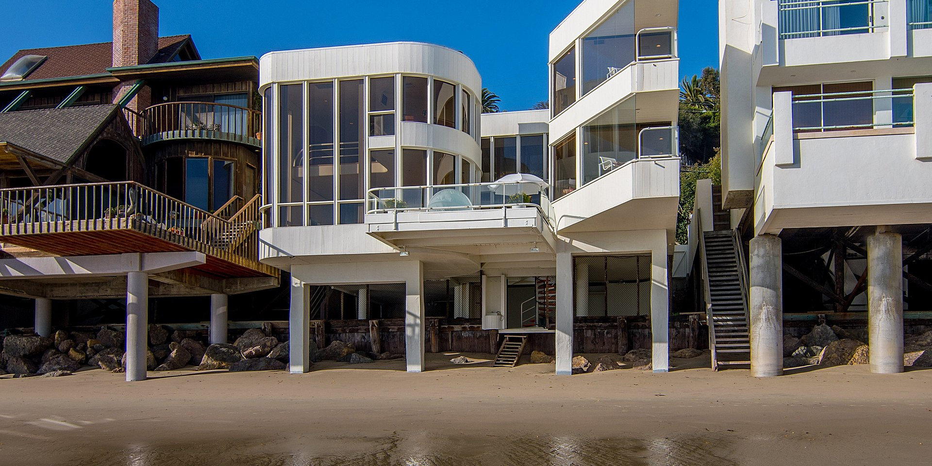 Coldwell Banker Residential Brokerage Lists Beachfront Malibu Property for $8.495 Million