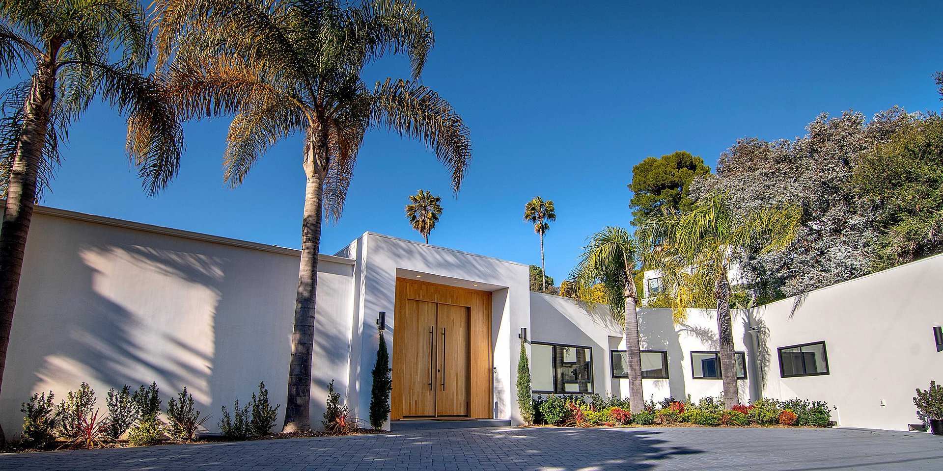 Coldwell Banker Residential Brokerage Lists Beverly Hills Property for $5.495 Million