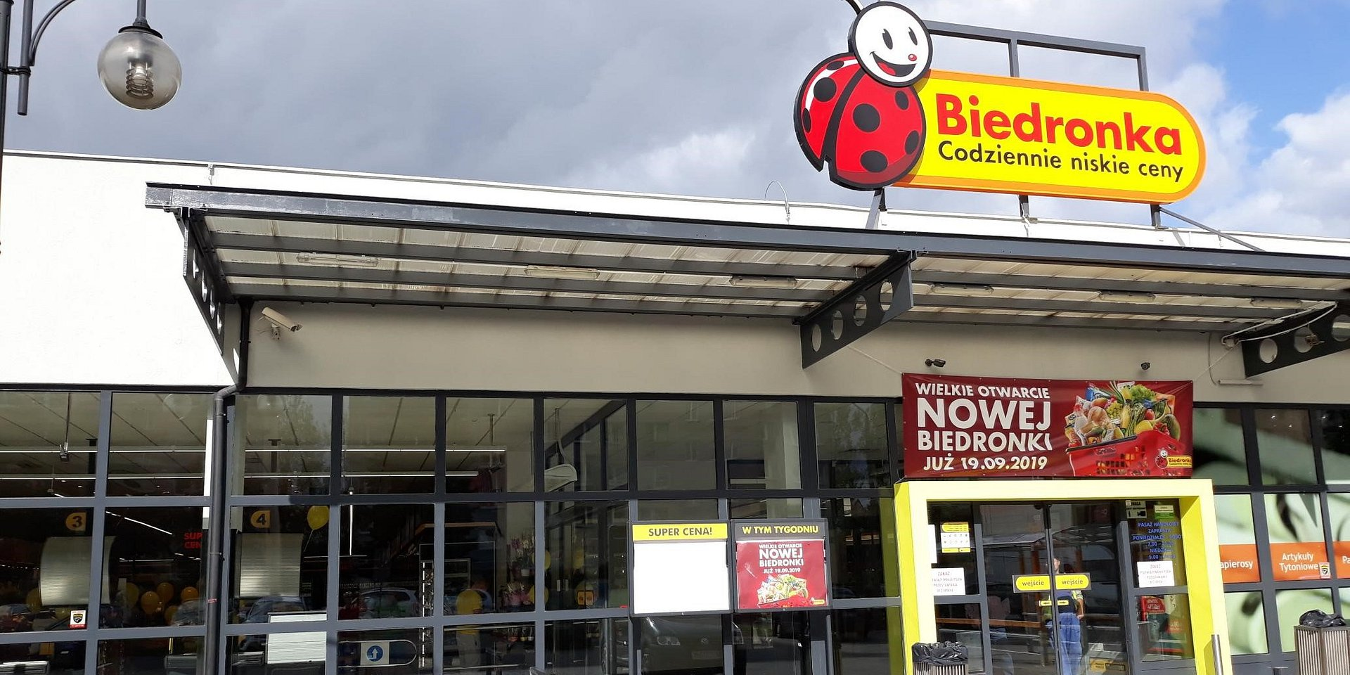 Jeleniogórska Biedronka znów czeka na klientów