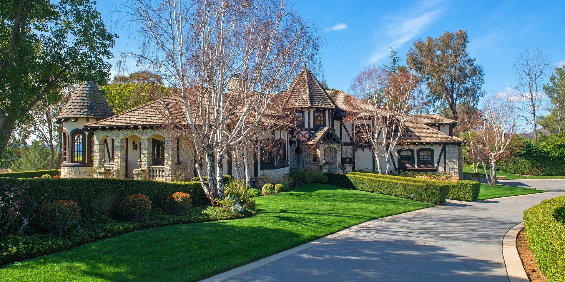 Coldwell Banker Residential Brokerage Lists Bell Canyon Property for $2.5 Million