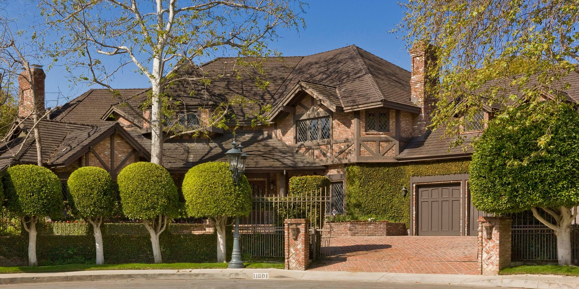 Coldwell Banker Residential Brokerage Lists Los Angeles Property for $7.2 Million