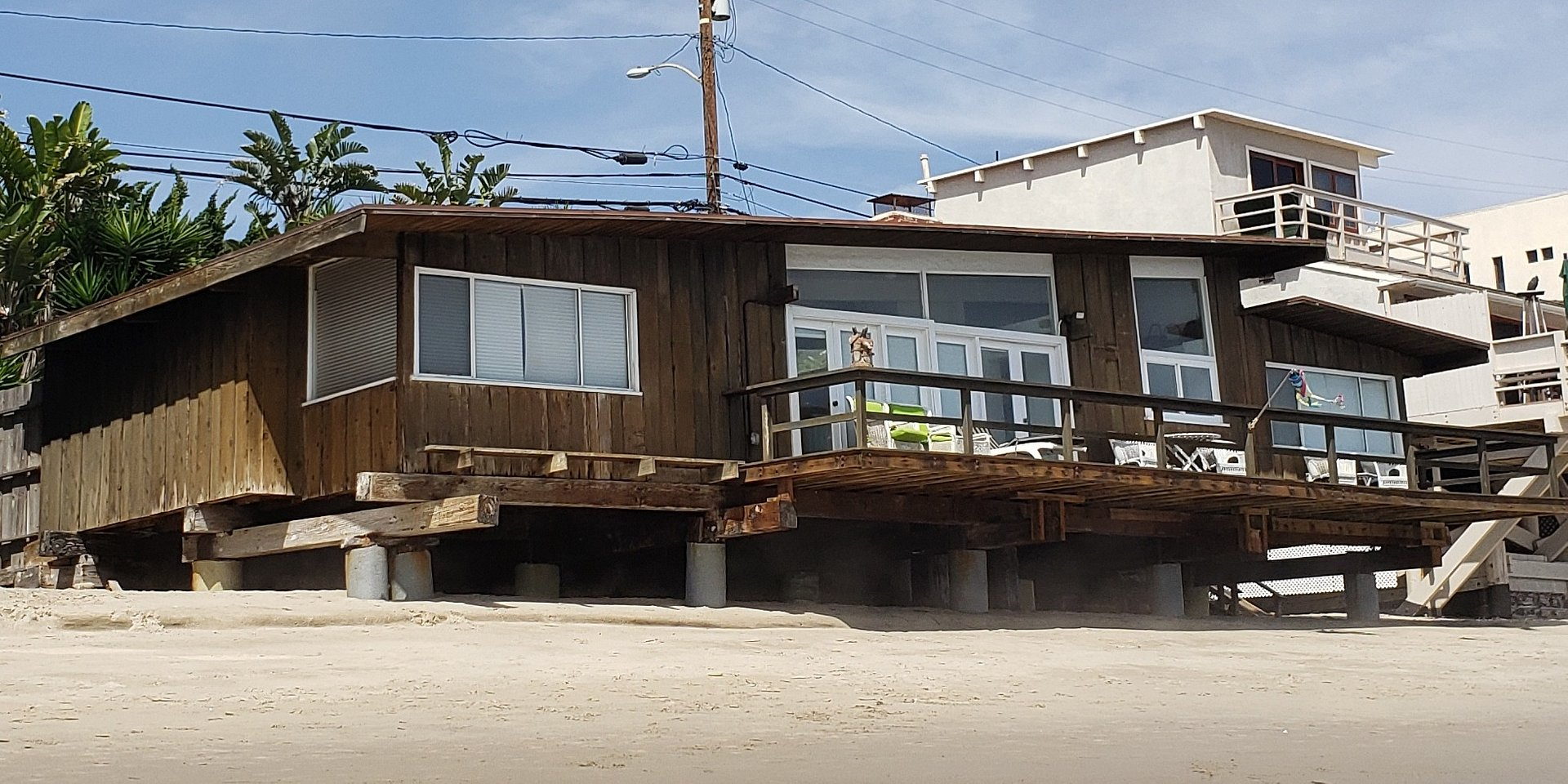 Coldwell Banker's Faren Hom Represents Buyer in Purchase of Celebrity Malibu Property for $5.1 Million