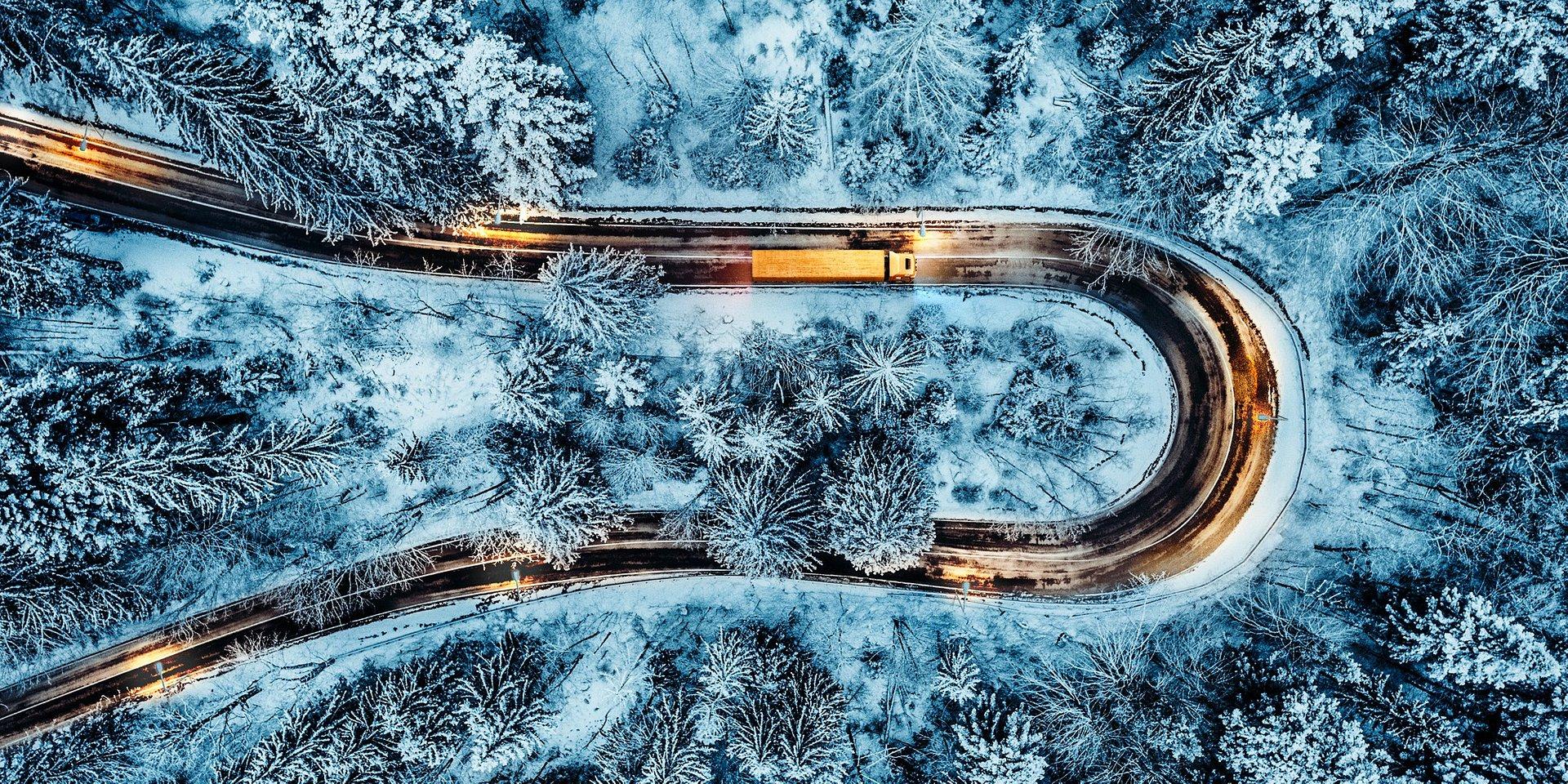 Zimowy przewodnik Continental dla flot ciężarowych na sezon 2019/2020