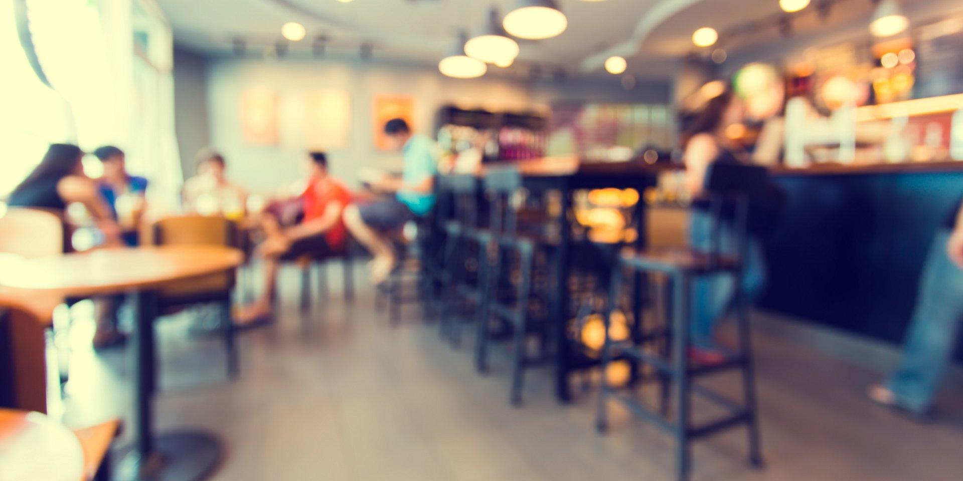 Już połowa Polaków do centrum handlowego idzie nie na zakupy a zjeść