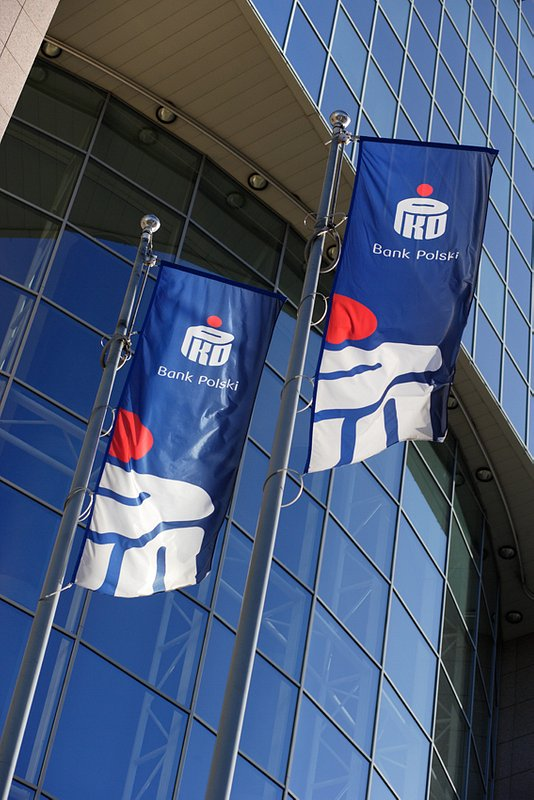 PKO Bank Polski applies to the Financial Supervision Authority (KNF) for a permit to set up a mortgage bank.