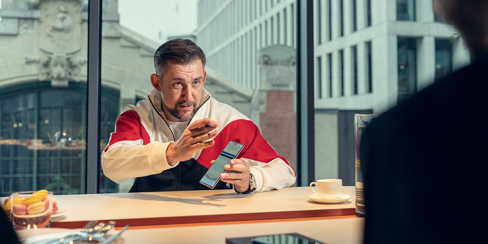 Wojtek Sokół nowym ambasadorem marki Samsung